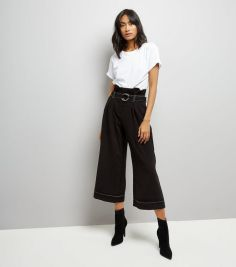 black-d-ring-belt-contrast-stitch-cropped-trousers
