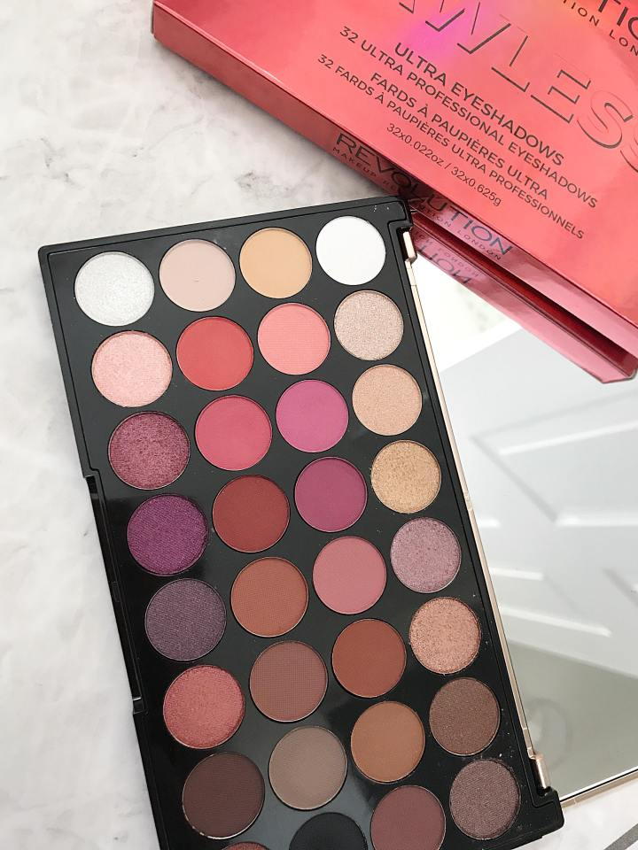 Makeup Revolution Ultra Eyeshadow Palette Flawless 4 : Review